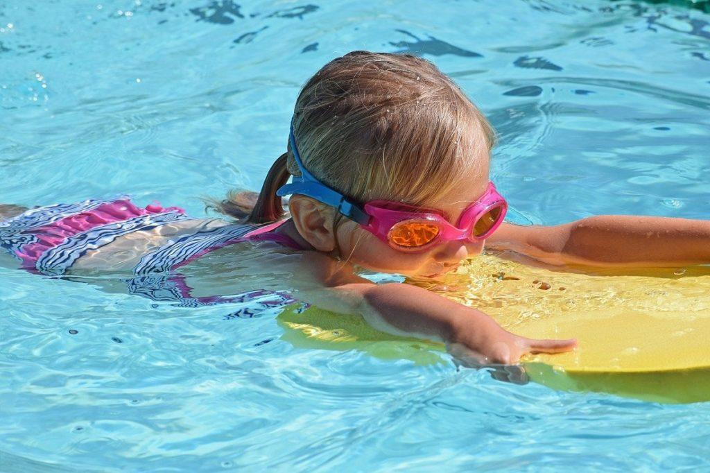 toddler swimming